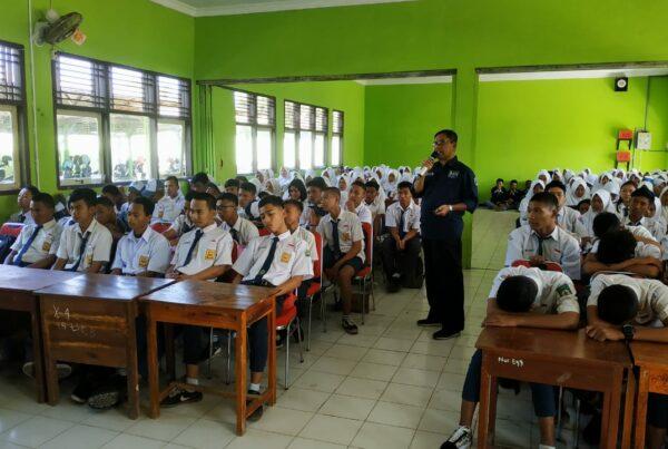 Sosialisasi Pencegahan dan Pemberantasan Penyalahgunaan dan Peredaran Gelap Narkoba di SMA N 1 Adipala