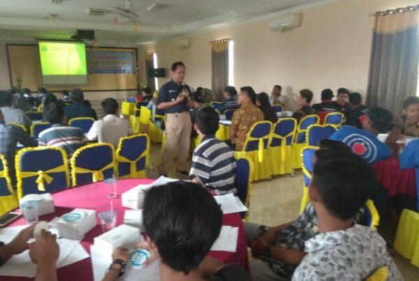 Diseminasi Informasi P4GN Melalui Insert Konten dalam kegiatan Penyuluhan Bahaya Narkoba Kepada Masyarakat Desa Pahonjean Majenang