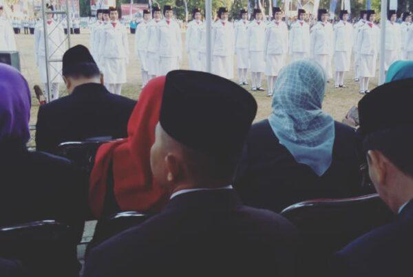 Upacara Penurunan Bendera Kebangsaan Sang Merah Putih Dalam Rangka Peringatan HUT Kemerdekaan RI Ke-74 Tahun 2019