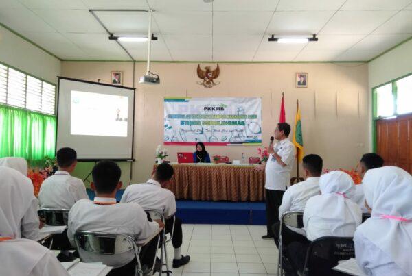 Pengenalan Kehidupan Kampus Mahasiswa Baru Stikes Seruling Emas Maos Kabupaten Cilacap