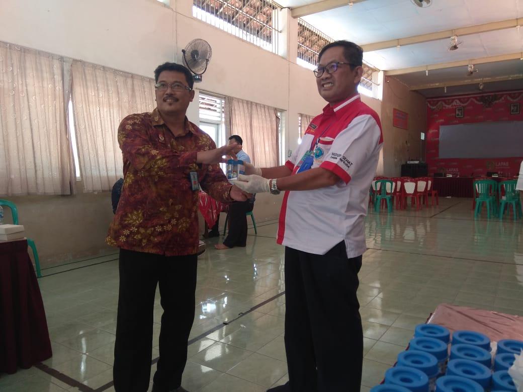 BNN Kabupaten Cilacap Menyelenggarakan Tes Urine di Lembaga Pemasyarakatan Kelas IIB Cilacap
