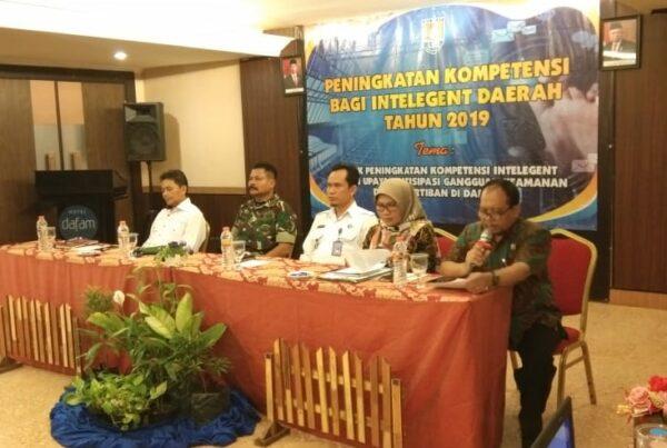 Kepala BNN Kabupaten Cilacap berbagi ilmu Intelijen kepada Perangkat Desa / Kelurahan
