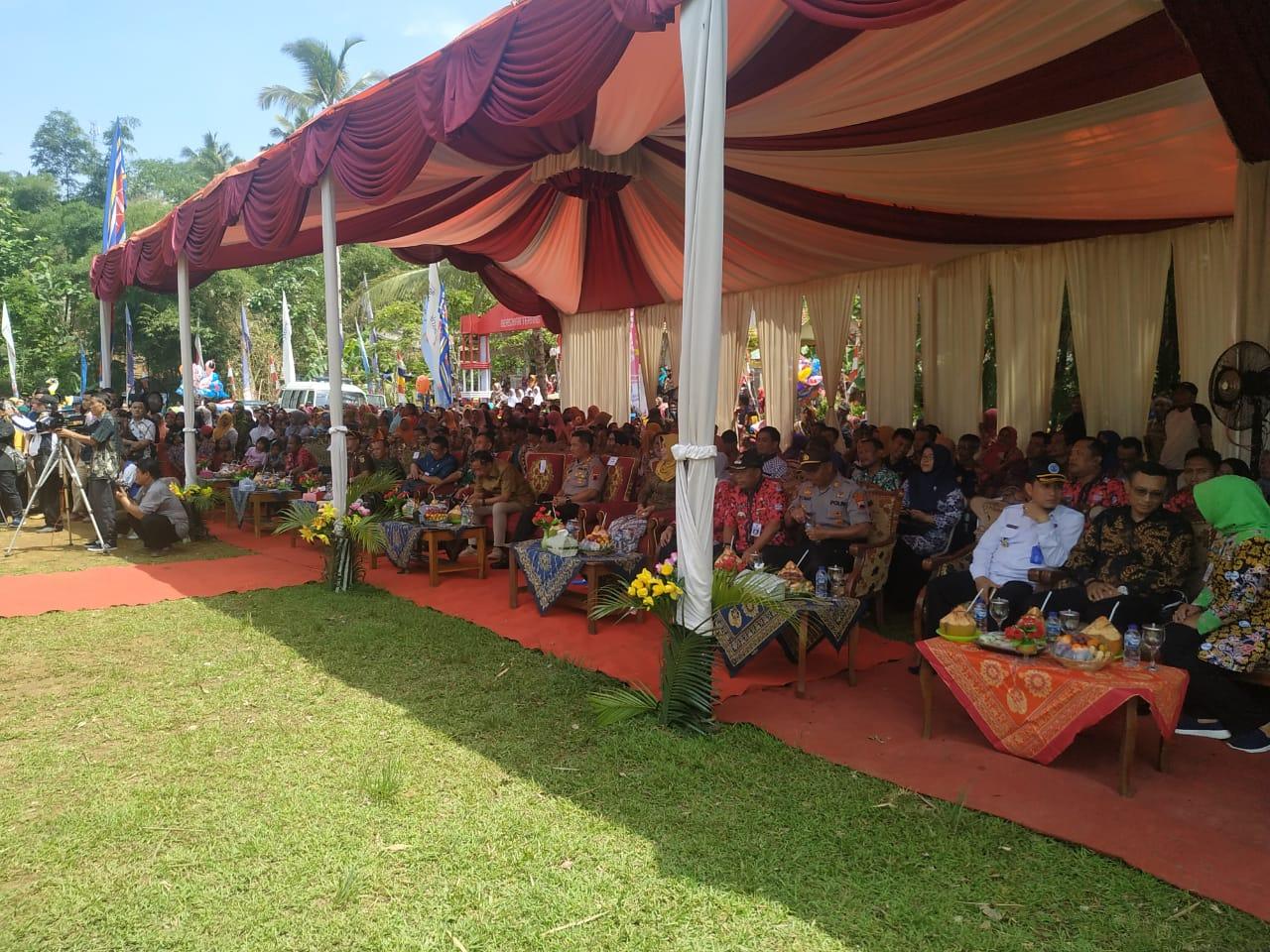 Launching Desa Bersinar Terang di Desa Karangkemiri